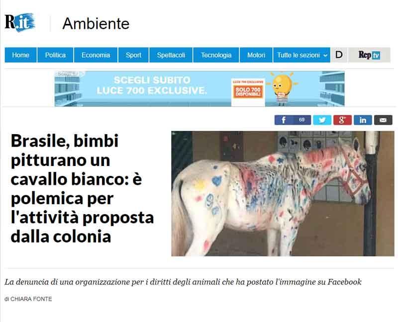 Brasile, bimbi pitturano un cavallo bianco: è polemica per l'attività proposta dalla colonia.